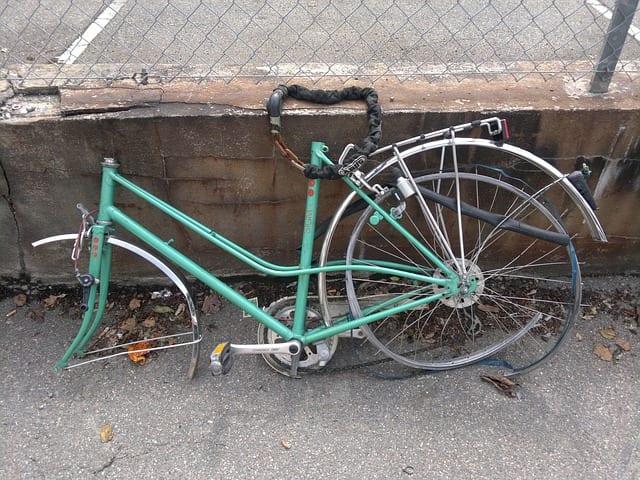 自転車の 自転車盗まれた警察 : ... 自転車」の4つを揃えて、防犯